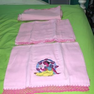 Other - 2 bibs and blanket for baby girl pink